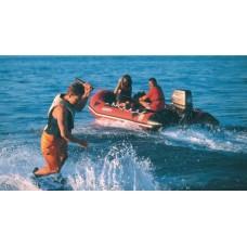 Надувная лодка «Futura Mark II C FastRoller». Длина: 3,7 м.